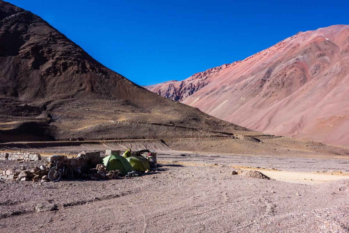 Camping à 4200m sur la route du col d'Agua Negra